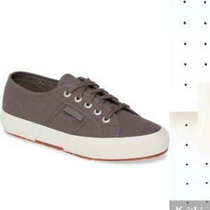 Worn once, Superga COTU Classic Sneaker